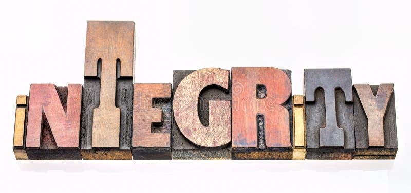 Prawości słowa abstrakt w drewnianym typ fotografia royalty free