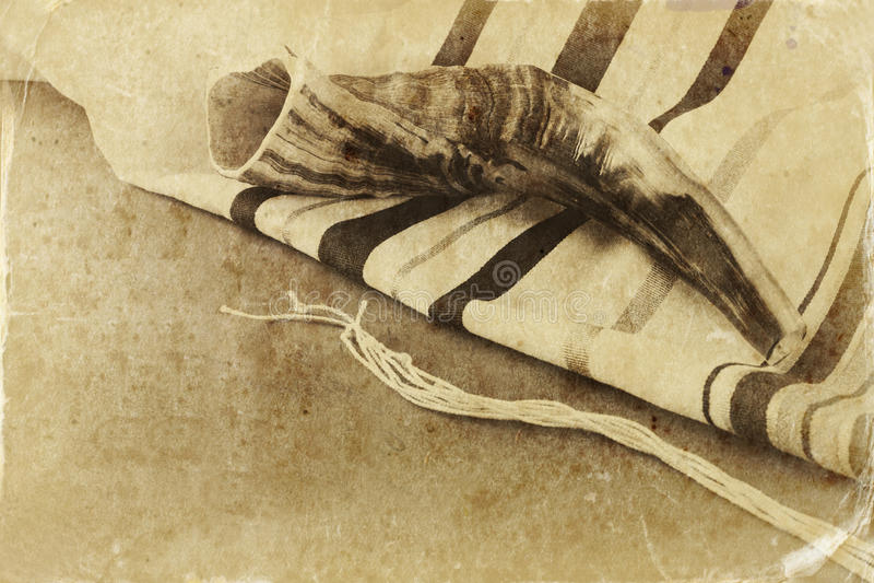 Prayer Shawl - Tallit and Shofar & x28;horn& x29; jewish religious symbol stock photos