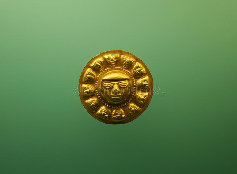 Pre Columbian guld- framsida royaltyfria bilder