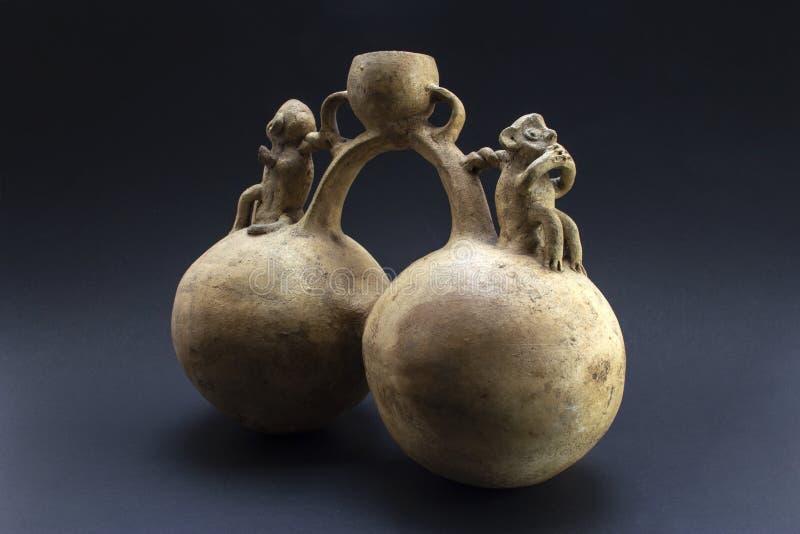 Pre-columbian keramiska kallade 'Huaco 'från Chancay royaltyfri bild