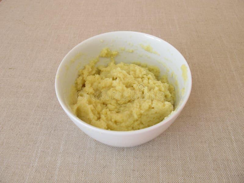 Pre-prepared onmiddellijke fijngestampte aardappels royalty-vrije stock fotografie