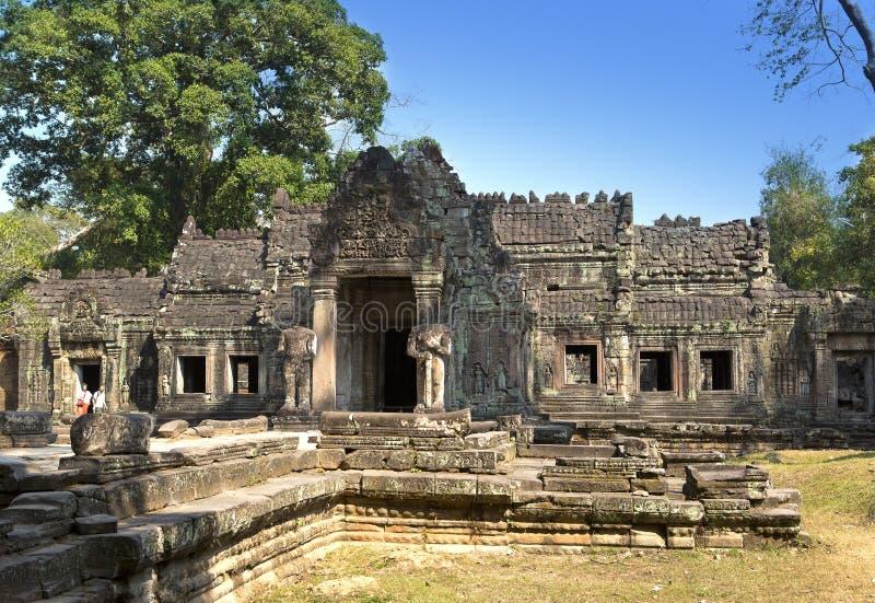 Preah Khan (es wird als heilige Klinge A übersetzt) Bäume und Ruinen des Tempels, Siem Reap, Kambodscha lizenzfreie stockbilder