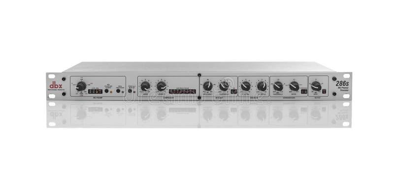 Preambuła mikrofonu DBX 286 na biało obrazy royalty free