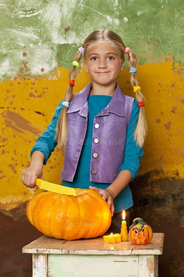 Free Preaparing Pumpkin For Halloween Stock Photos - 59021523
