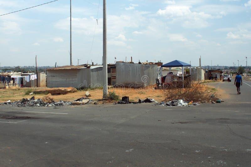 Precário em Soweto imagens de stock