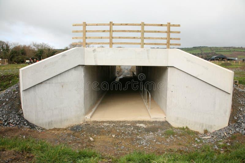 Precast betonu dostępu culvert fotografia royalty free