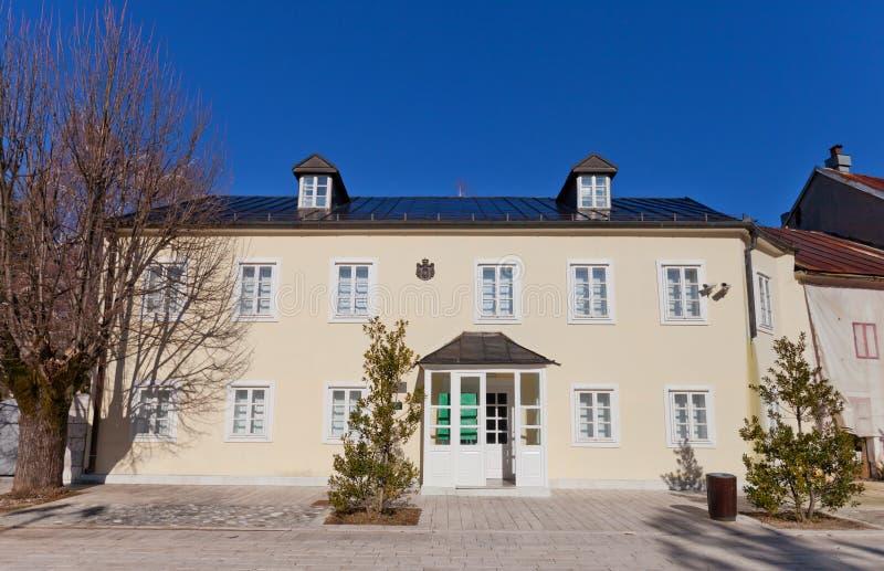 Precedente ambasciata serba in Cetinje, Montenegro immagini stock