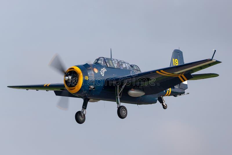 Precedenti aerei di aerosilurante del vendicatore di Grumman TBM della marina di Stati Uniti dalla seconda guerra mondiale fotografia stock libera da diritti