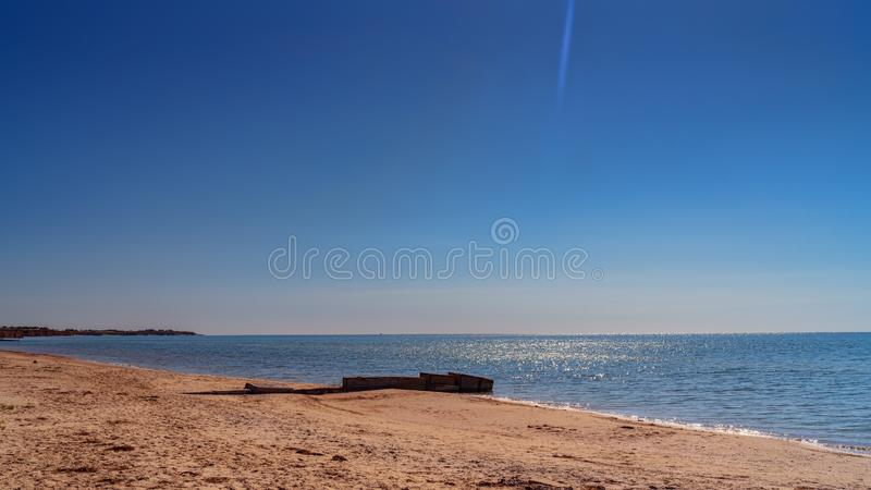 Precipicio en el mar de Azov, paisaje imágenes de archivo libres de regalías
