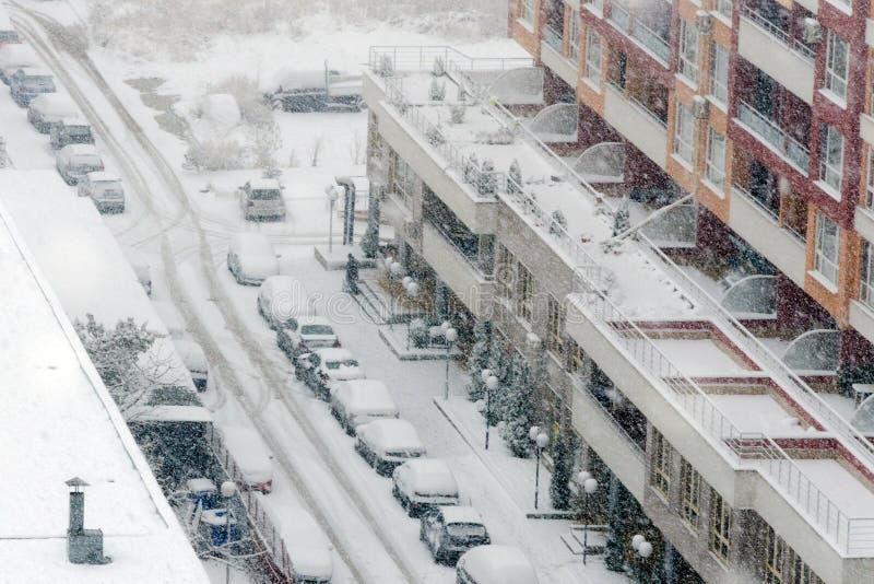 Precipitazioni nevose pesanti o bufera di neve fotografia stock libera da diritti