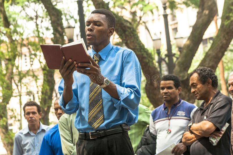 Predicador evangélico imagenes de archivo