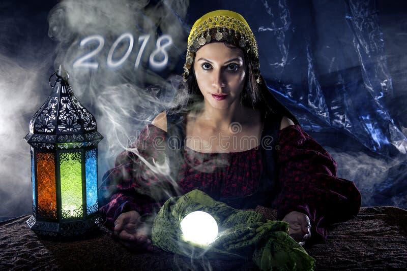 Predicting New Year psíquico 2018 fotografía de archivo libre de regalías