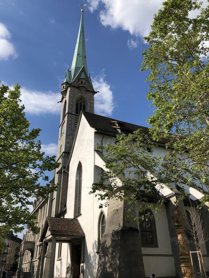 Predigerkirche - une des quatre églises principales de la vieille ville de Zurich image stock