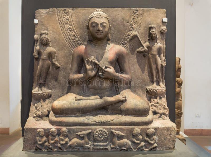 Predika Buddha - en arkeologisk pik som göras av sandsten royaltyfri bild
