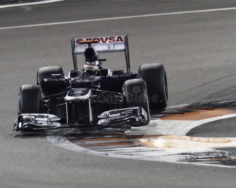 Predikant Maldonaldo die de auto van Williams van 2012 F1 in het nauw drijven royalty-vrije stock foto's