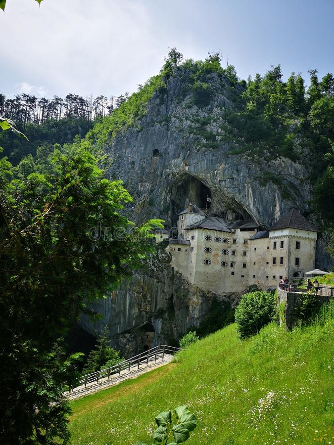 Predjama中世纪城堡 库存图片