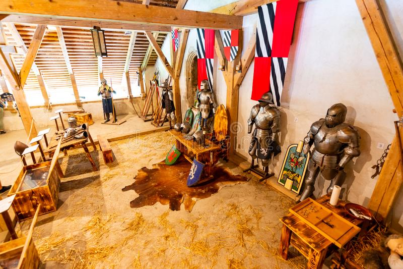 Predjama, Eslovenia - 22 07 2018: Interior del castillo medieval de Predjama cerca de la cueva de Postojna Fortaleza de Eslovenia imagen de archivo