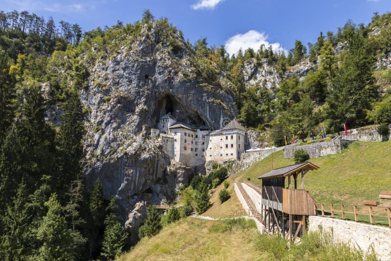 Predjama, Slowenien stockbilder