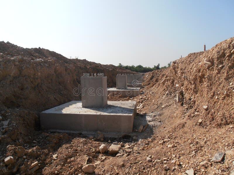 Prefabriceer concrete stichting in Thailand stock afbeelding