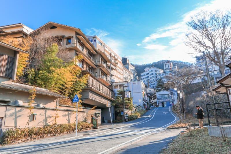 Prefectura de Gunma, Japón - 18 de diciembre de 2016: Ikaho Onsen en autu foto de archivo
