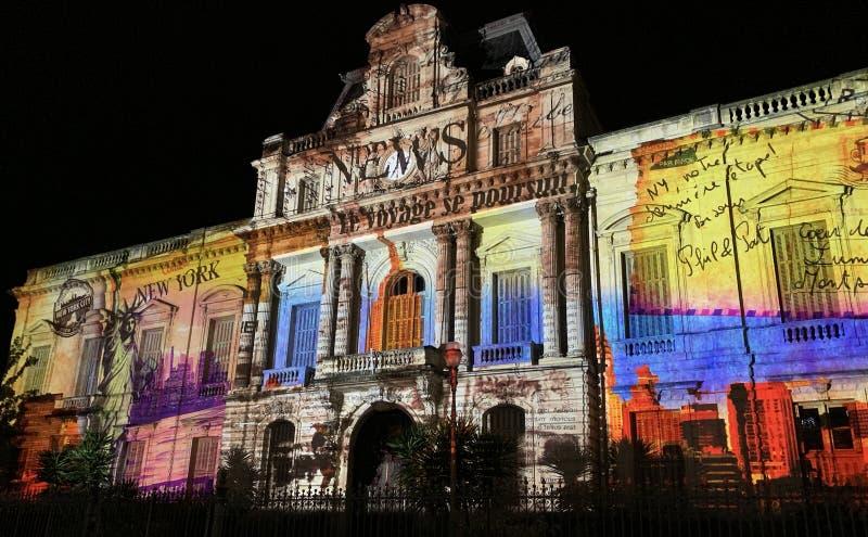 Prefectura de Montpellier por noche con las luces imagen de archivo libre de regalías