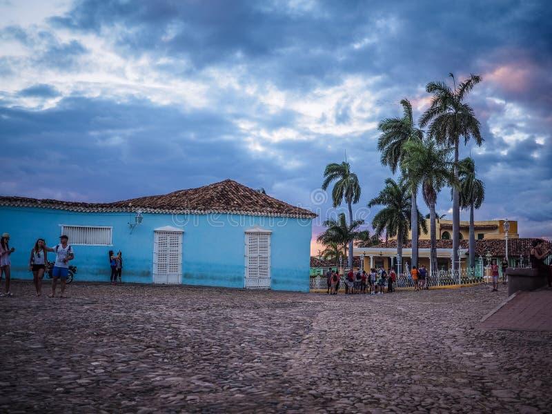 Prefeito da plaza em Trinidad no por do sol imagens de stock