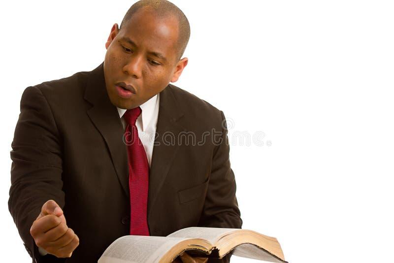 Pregador que explica a palavra de deus fotografia de stock royalty free