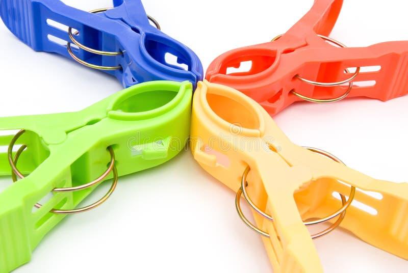 Pregadores de roupa coloridos imagem de stock royalty free