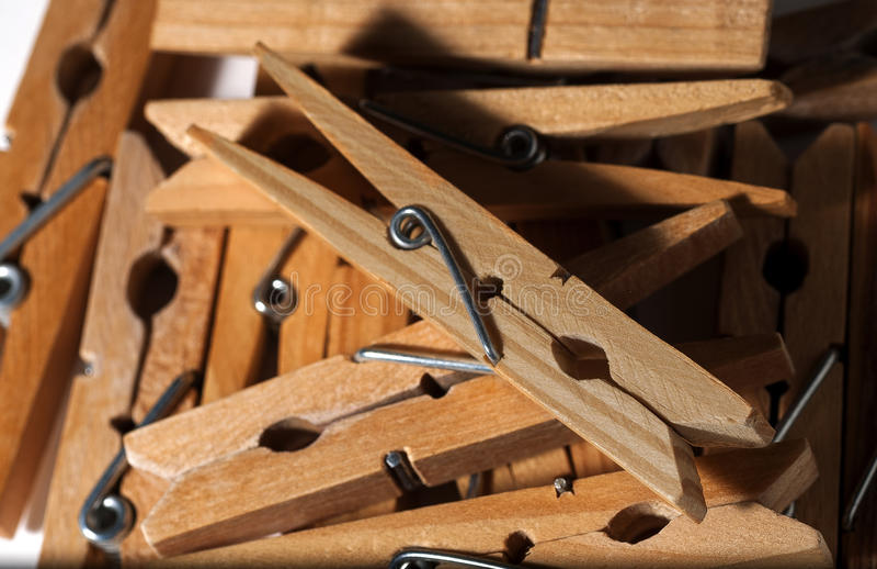 Pregadores de roupa de madeira imagens de stock royalty free