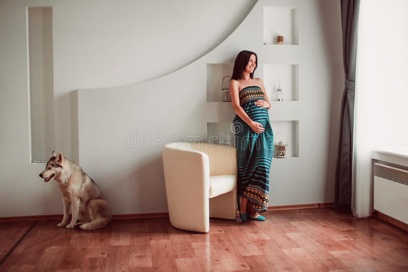 Download Pregnant Woman Royalty Free Stock Photos - Image: 34282878