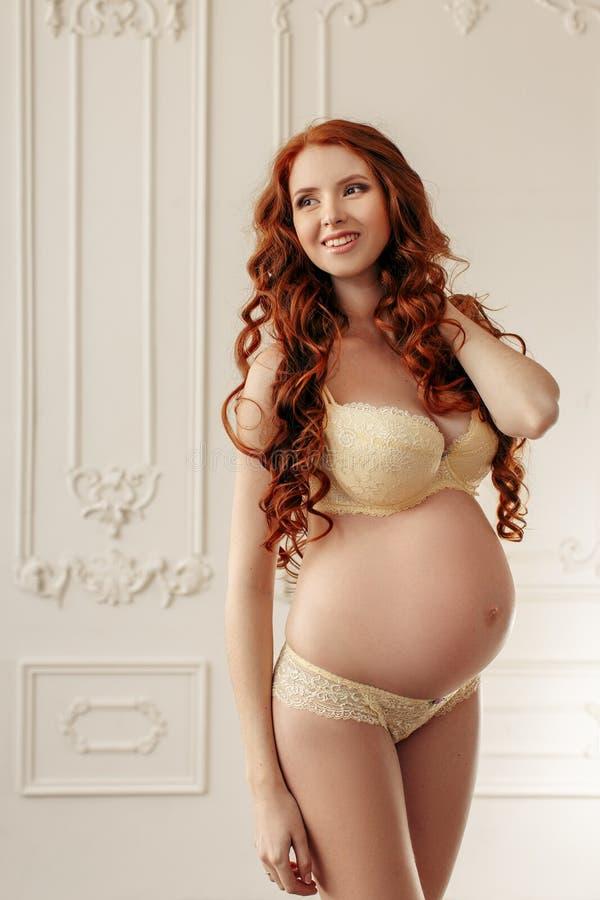 Women pregnant photo pregnancy