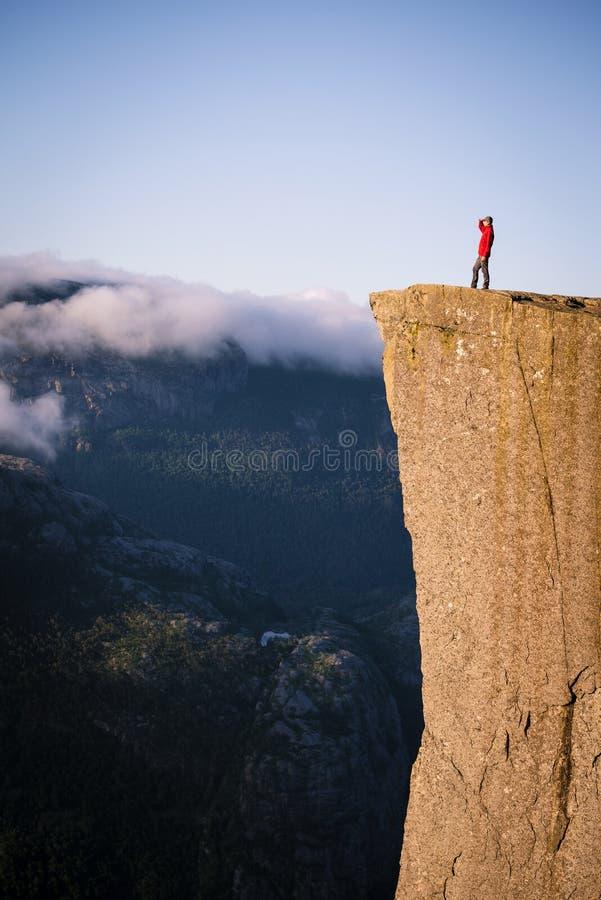 Preikestolen klippa, Norge arkivfoto