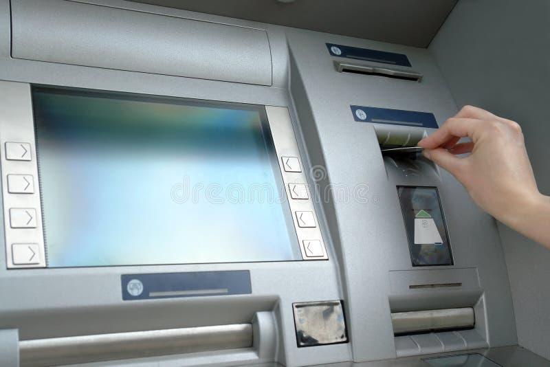 Prelevamento di denaro immagini stock