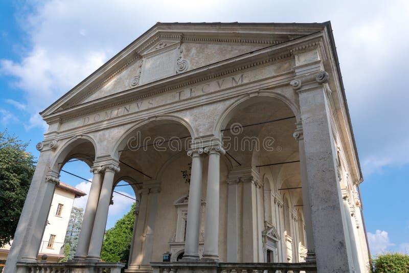 Première chapelle chez Sacro Monte di Varese l'Italie photo libre de droits