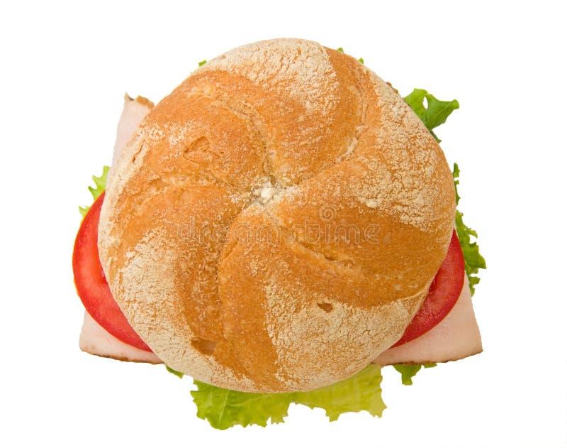 Première vue d'un sandwich croustillant à kaiser de dinde photo stock