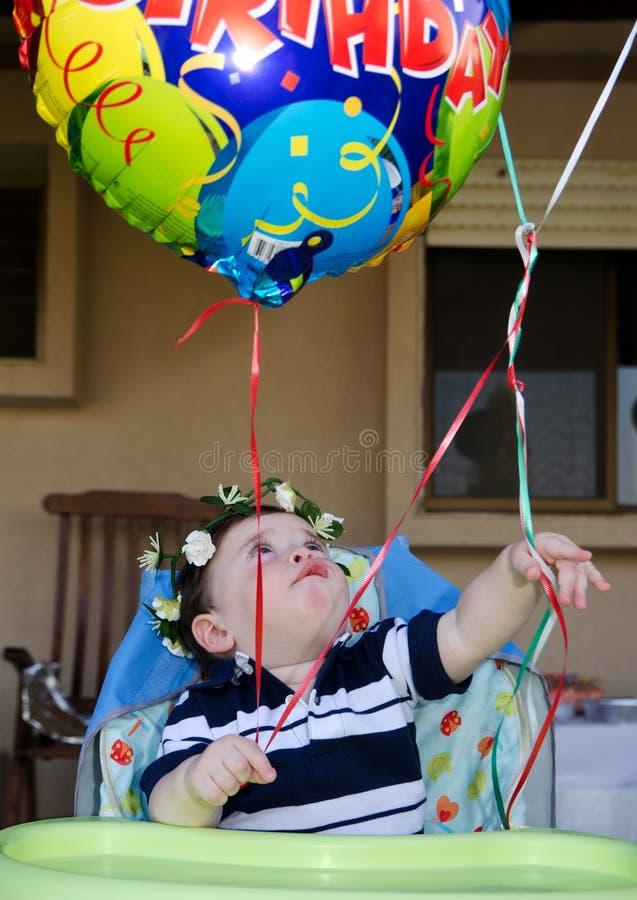 Premier bouquet d'anniversaire de bébé garçon images libres de droits