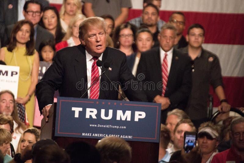 Premier rassemblement de la campagne présidentielle de Donald Trump à Phoenix image libre de droits