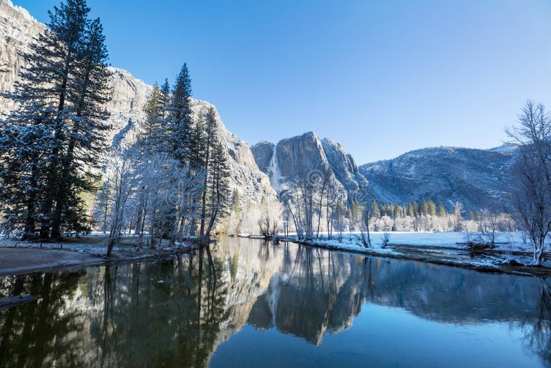 Premier ressort dans Yosemite photos stock