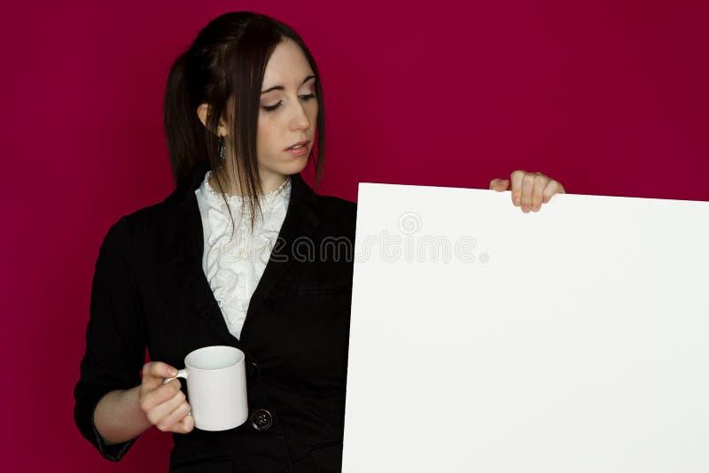 Prendendo a placa foto de stock