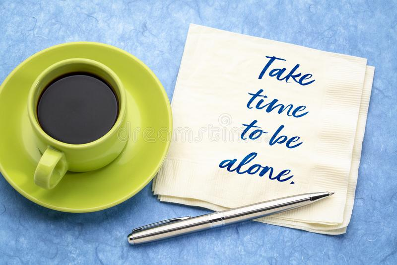 Prenez du temps d'être seul photo stock