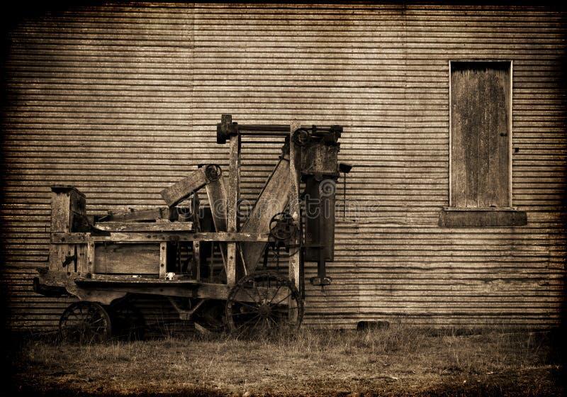 Prensa vieja de la granja foto de archivo