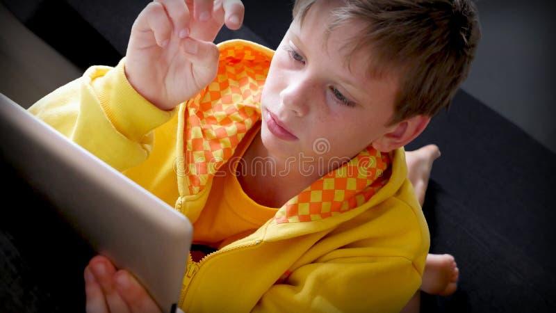 Preparación del Tablet PC foto de archivo