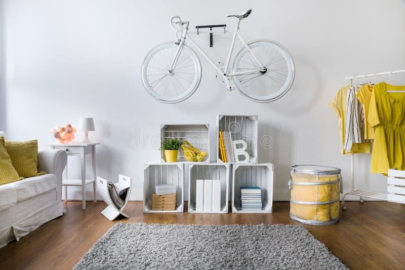 Preparado sempre para a equitação da bicicleta imagens de stock royalty free