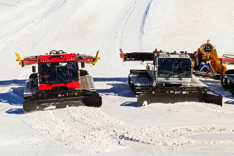 Preparando a inclinação do esqui imagem de stock