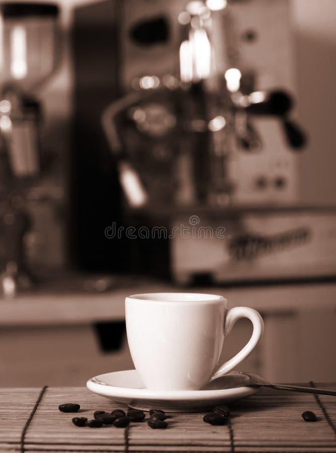 Preparando o café imagem de stock royalty free