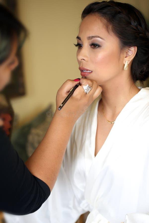 Prepararsi della sposa fotografie stock libere da diritti