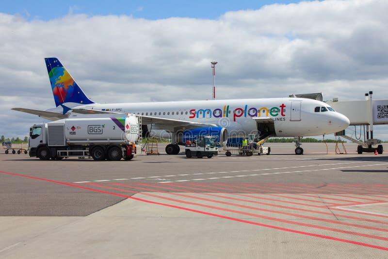 Preparazione degli aerei da volare immagine stock libera da diritti