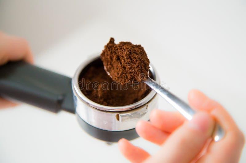 Preparazione del caffè fotografie stock libere da diritti