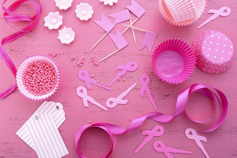 Preparazione rosa del bigné di evento di carità del nastro fotografie stock