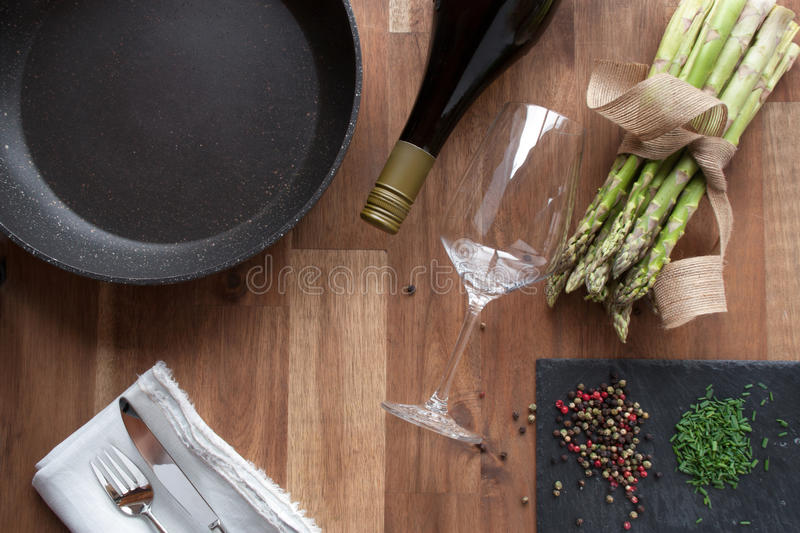 Preparing for fried asparagus royalty free stock photos